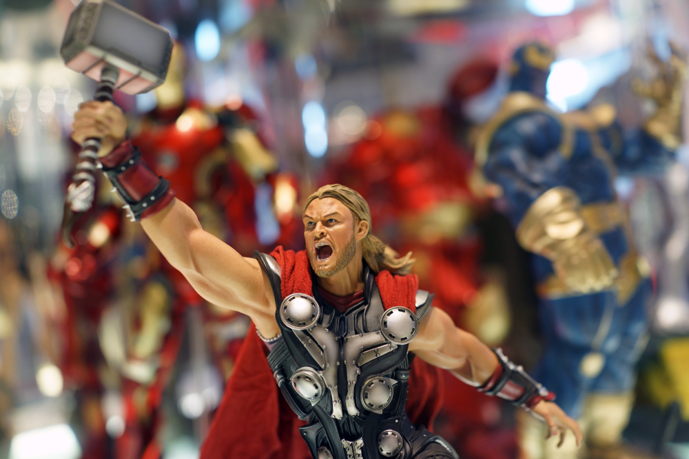 Can Thor Fly Without His Hammer, Mjolnir?